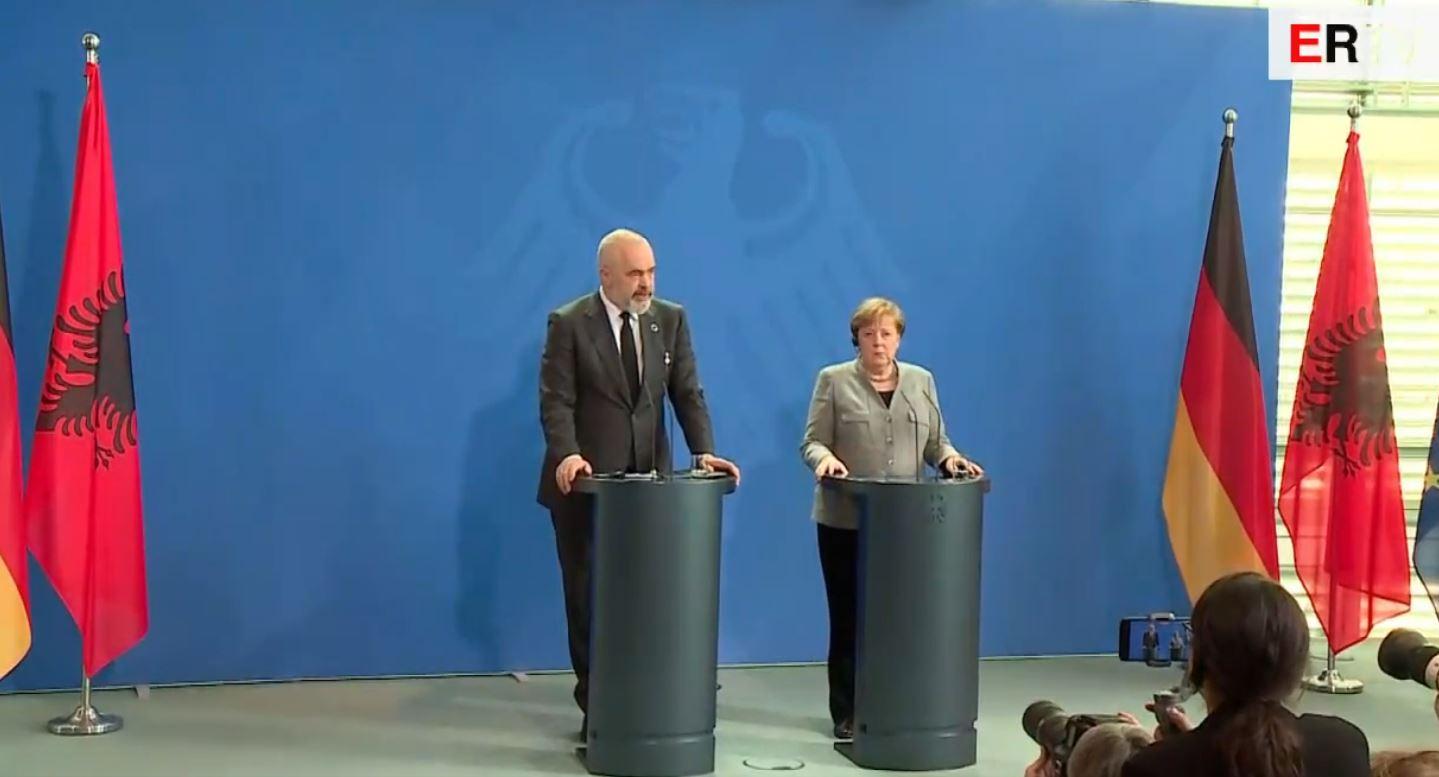 Merkel mbështet Shqipërinë: Gjermania në krah të Shqipërisë, marrim pjesë në konferencën e donatorëve