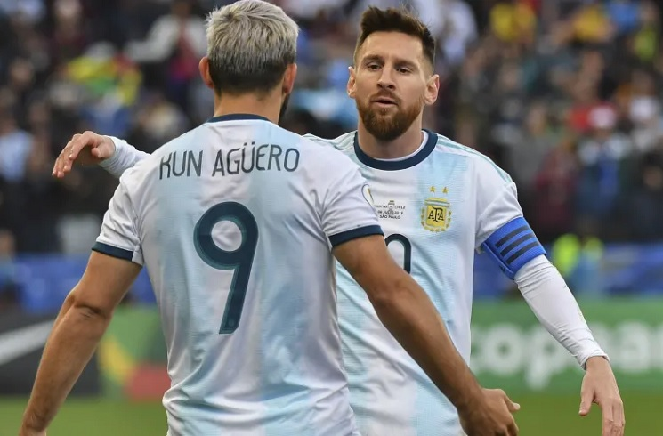 """""""The Sun"""" i sigurt: Messi e Aguero bashkohen në një ekip në verë"""