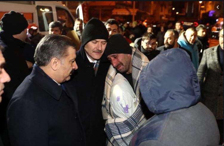 Shënohet viktima e 39 në Turqi, ministri i Brendshëm nuk i mban dot lotët për ceremonitë mortore