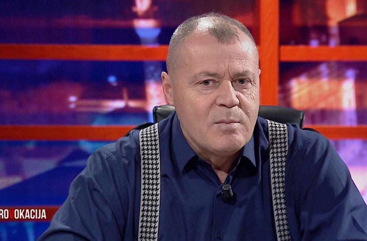 """""""Bild na ka borxh një shpjegim"""", Nano: Pse u fshi artikulli për Lulzim Bashën"""