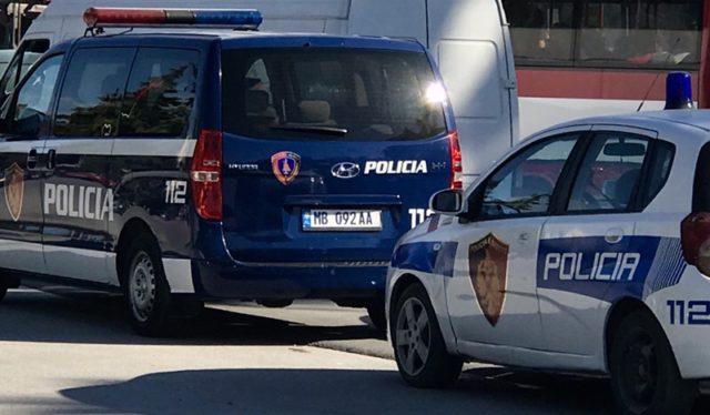 Të dyshuar për vrasje dhe trafikim të lëndëve narkotike, ekstradohen dy të rinj nga Roma dhe Milano