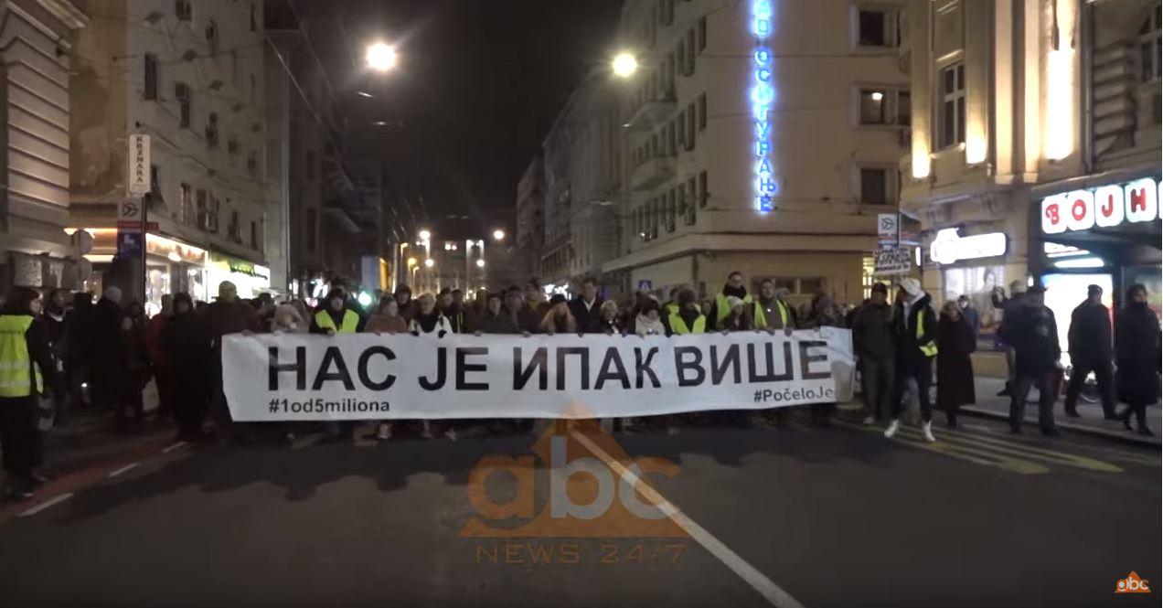 Familjarët e Ivanoviç në Serbi: Vrasja është politike, kërkojmë drejtësi nga Prishtina dhe Beogradi