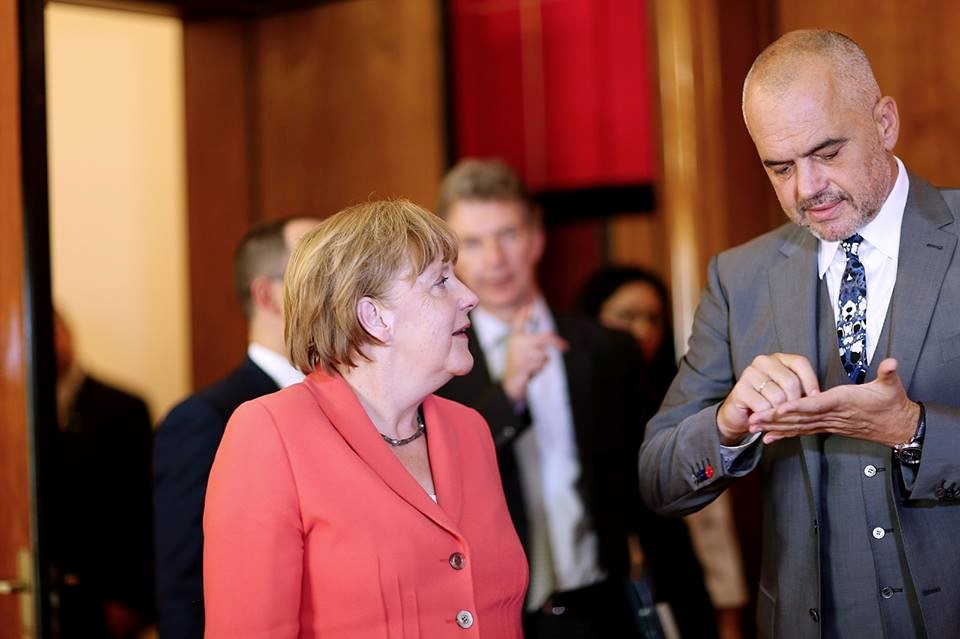 Prime Minister Edi Rama will meet with chancellor Angela Merkel, the main topic of discussion will be german assistance for earthquake damage in Albania