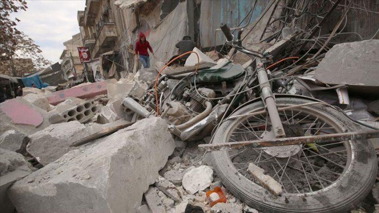 Sulmet e Rusisë në veriperëndim të Sirisë, katër civilë të vrarë