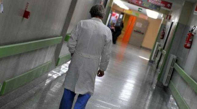 Italia tha se ka izoluar koronavirusin, gjendja e pacientëve përkeqesohet papritur