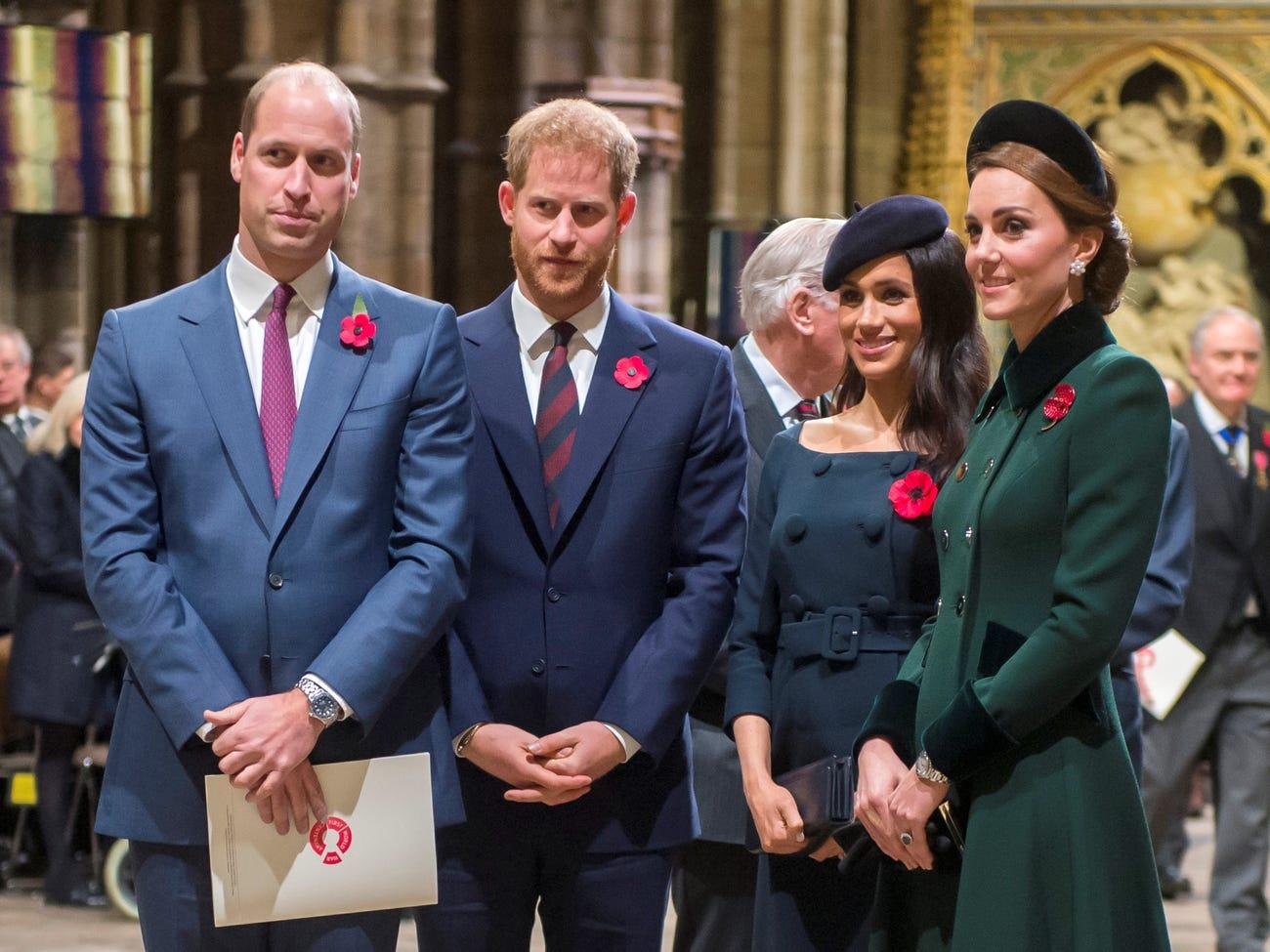 Mbretëresha bashkon Princ William dhe Harry