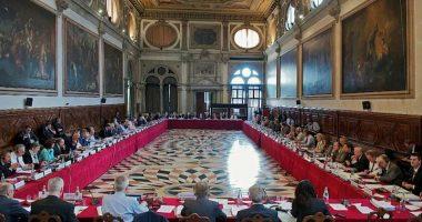 """OSBE dërgon """"Antishpifjen"""" në Komisionin e Venecias"""