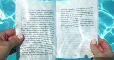 """Hoteli luksoz krijon """"bibliotekën nënujore"""" për të gjithë të apasionuarit pas librave"""