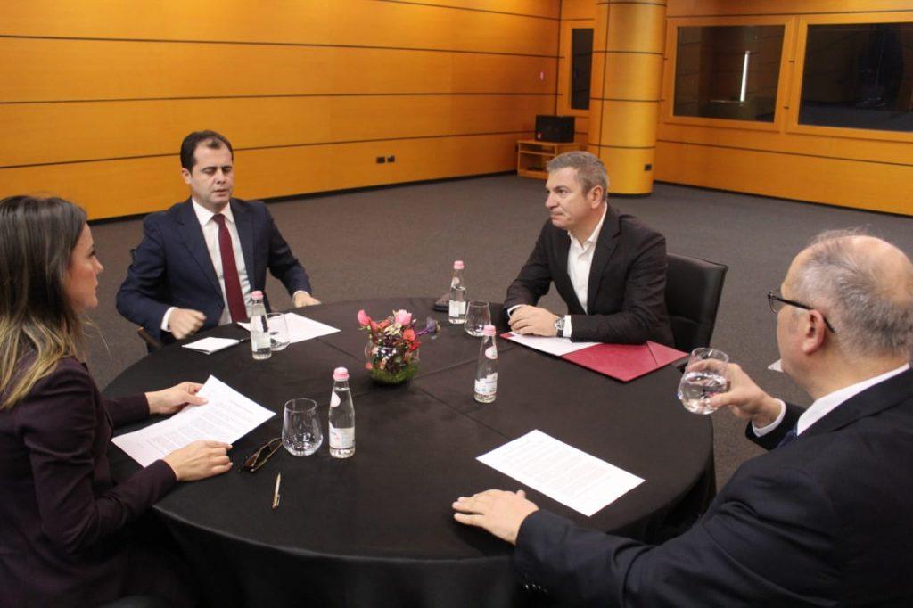 Reforma Zgjedhore/ Ekspertët e OSBE takim me përfaqësuesit e këshillit politik