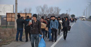 VIDEO/ Erdogani hap kufirin, mijëra sirianë mësyjnë Greqinë brenda 12 orëve
