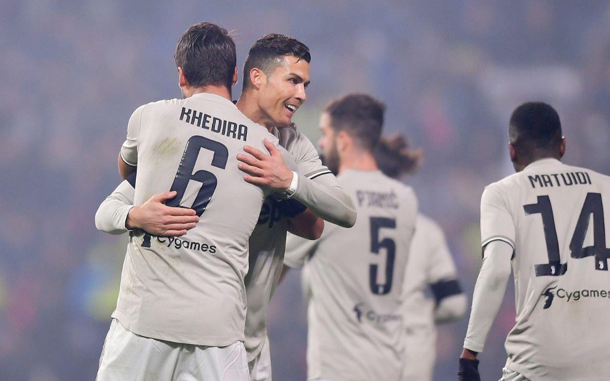 Po shkëlqen te Juventusi, drejtuesit bardhezi rinovojnë me 29-vjeçarin