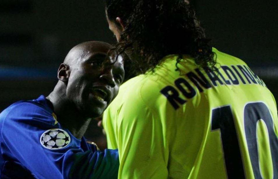 """""""Po driblove si në PlayStation, të çoj në spital"""", kërcënimi që mori Ronaldinho"""