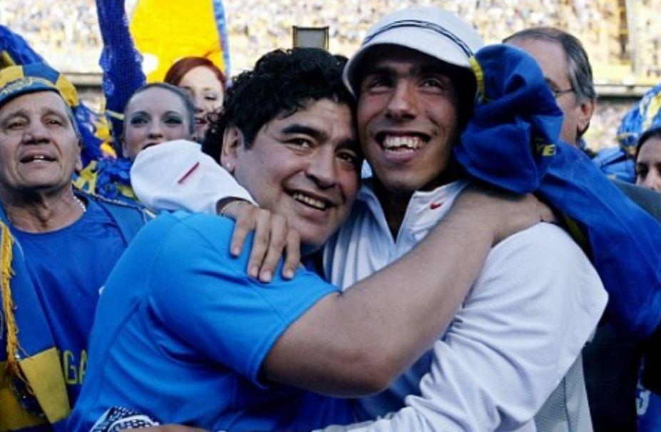 Tevez: S'ka gjë më të bukur se Maradona. Do i dhuroj fanellën dhe shiritin