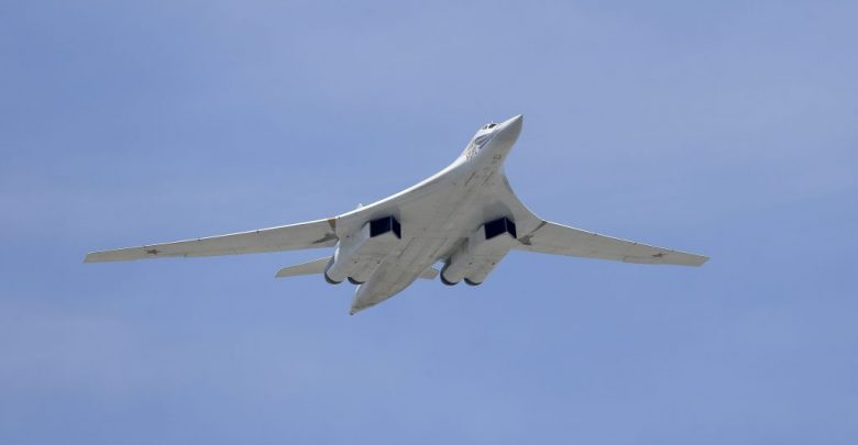 Tu-160-strategic-bomber-of-Russian-Air-Force-8-780x405-1.jpg