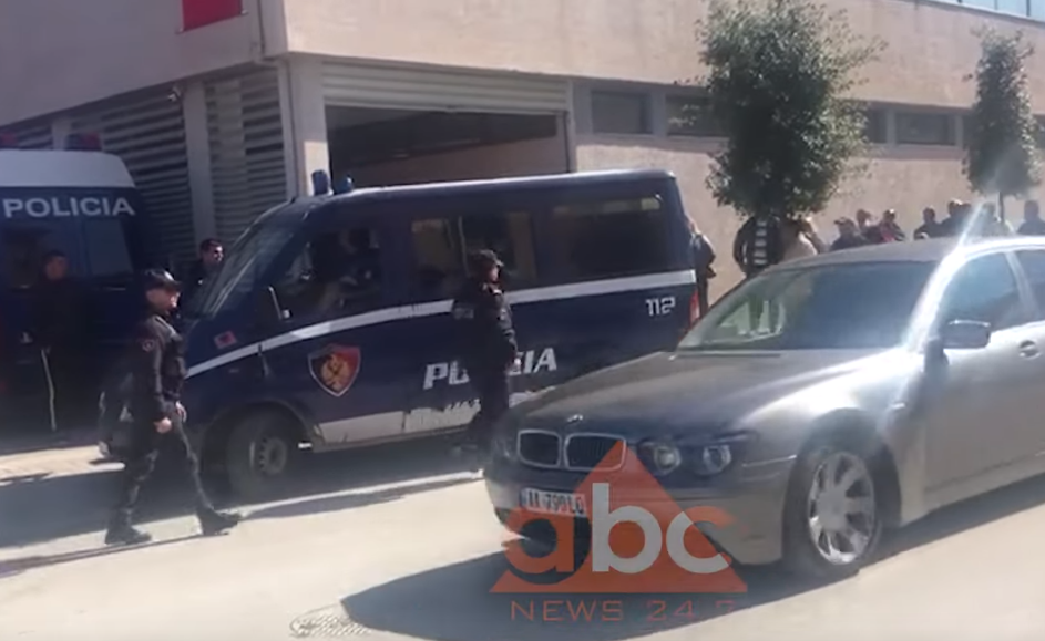 Lënda kancerogjene në Vlorë, nis seanca për masës e sigurisë për 6 të arrestuarit