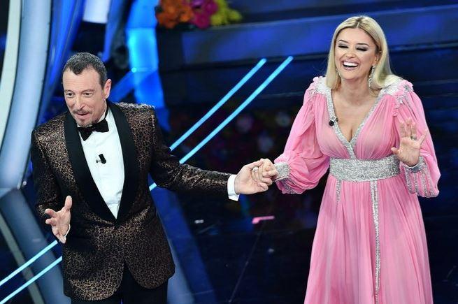 """""""4 minuta? Kishim bërë një marrëveshje""""- Për çfarë u qortua Alketa Vejsiu në Sanremo?"""