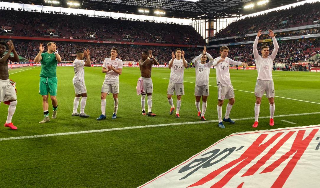 """ZYRTARE: Bayern blindon yllin e skuadrës dhe e kthen në """"flamur"""" bavarez"""