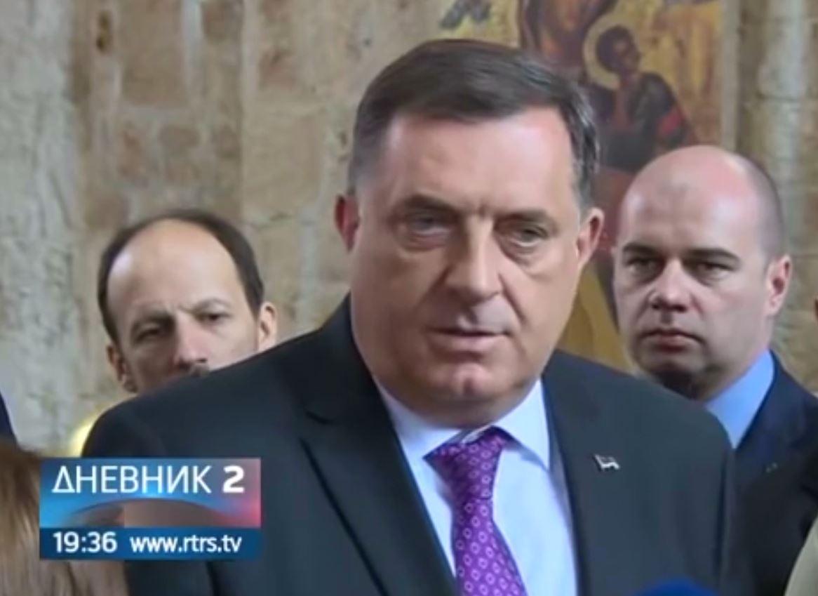 """""""Nuk na ndal as SHBA"""", presidenti Dodik kërcënon me largimin nga Bosnja"""