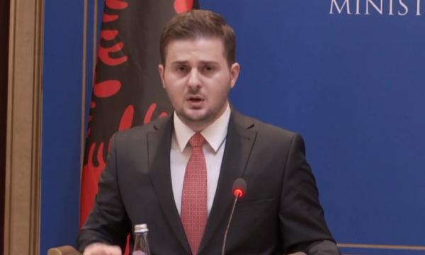 Cakaj nga Prishtina: Duhet hequr kufiri Kosovë-Shqipëri
