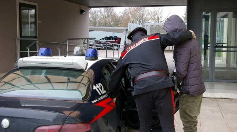 carabinieri-arresto-2.jpeg