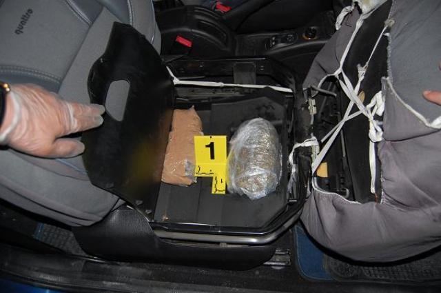 Kokainë dhe heroinë në makinë, kapet 41-vjeçari në Elbasan