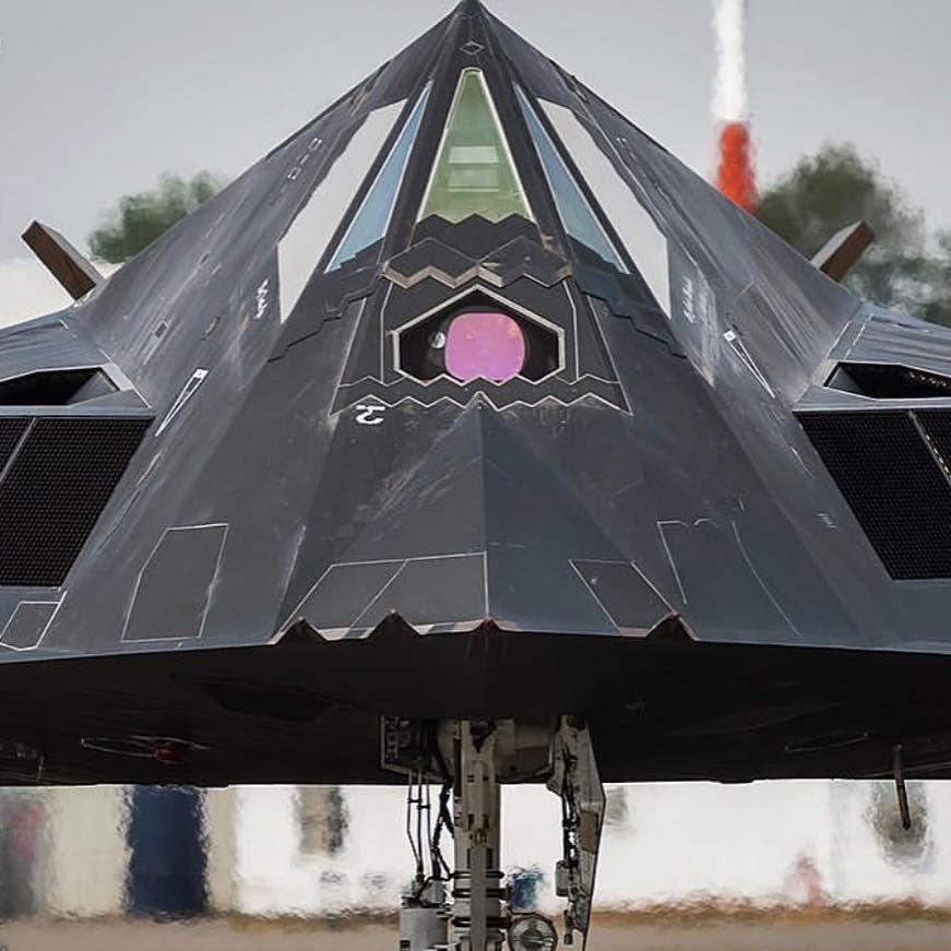 Shkon për skrap: SHBA-të nxjerrin nga shërbimi avionin legjendar