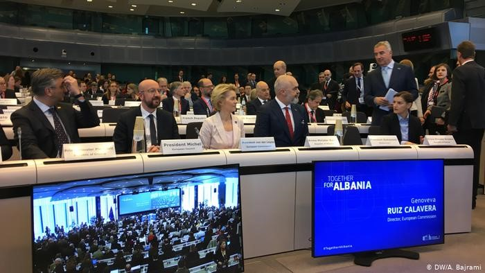 DW: 1,15 miliardё euro për Shqipёrinё, kurrë më parë s'janë mbledhur kaq fonde