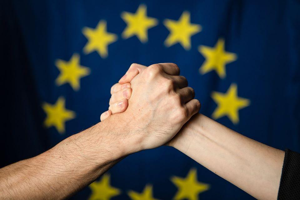 """""""Shëndeti publik prioritet"""", Komisioni Europian fonde për parandalimin e koronavirusit"""