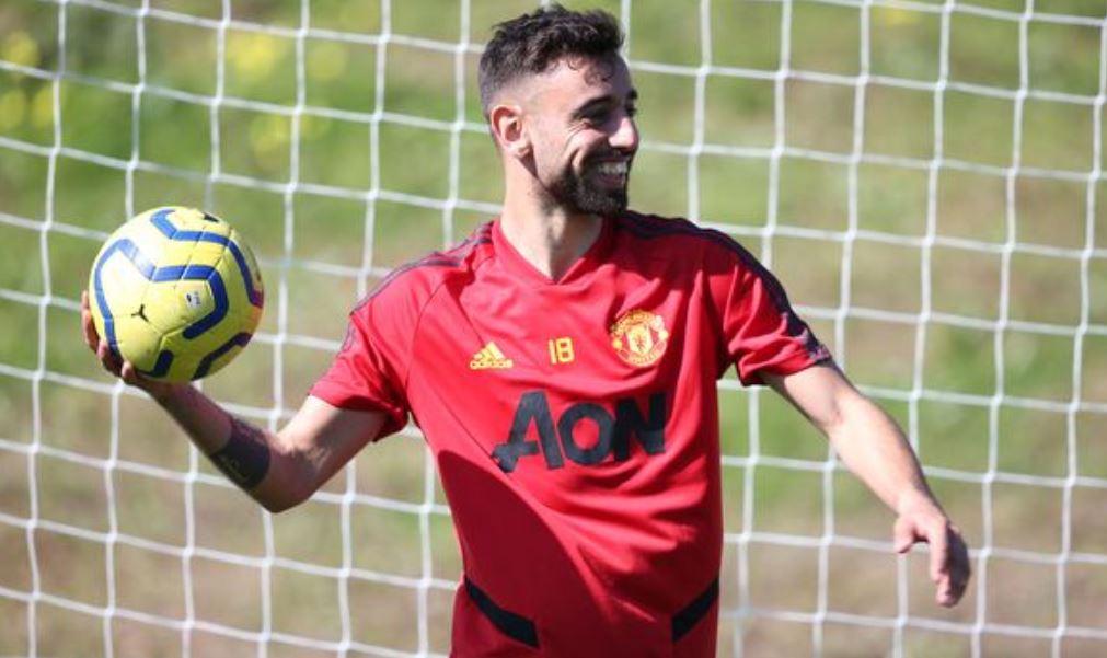 E rrallë, Fernandes vlerësohet në Portugali kur luan te Manchester United