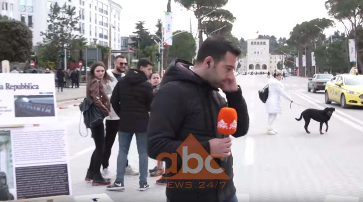 VIDEO / Raportonte live për protestën, gazetarit i ndodh e papritura