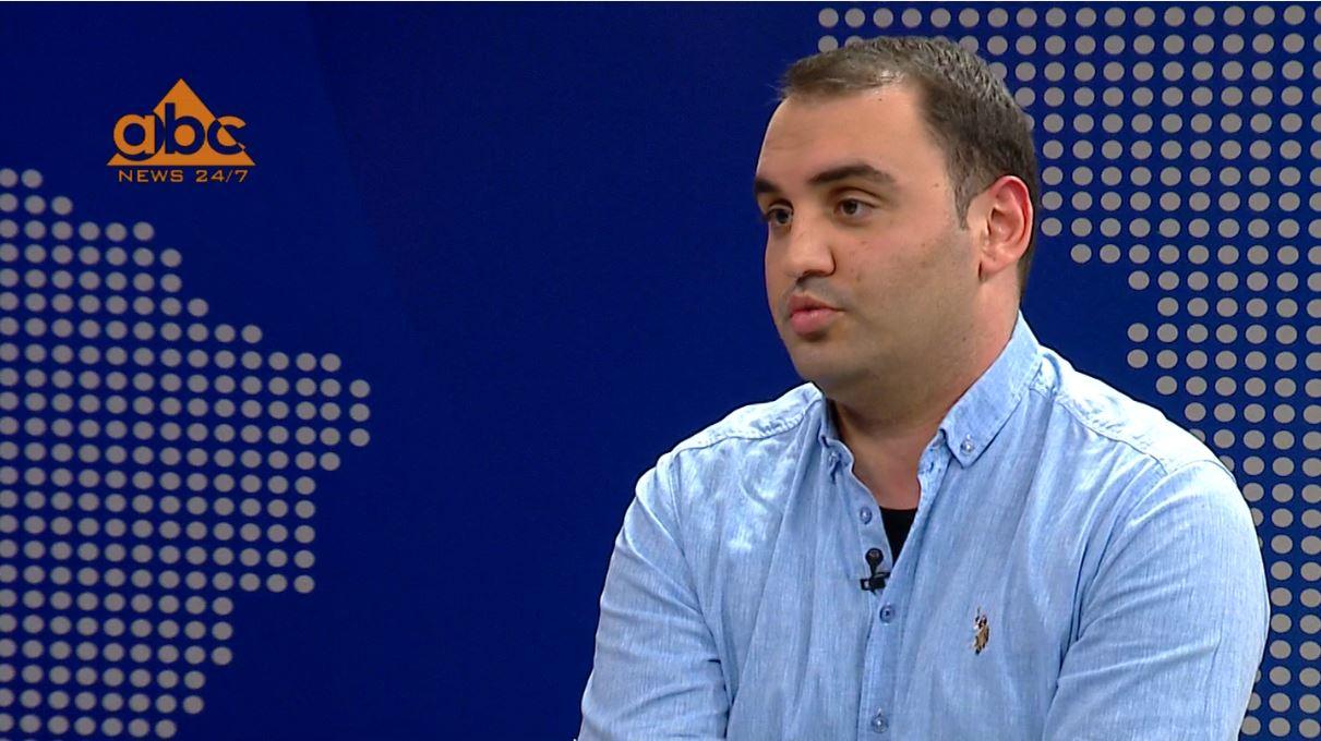 """""""Edi Rama është Enver Hoxha i kohëve moderne"""", Këlliçi: Çdo thirrje për protestë e mirëpritur nga opozita"""