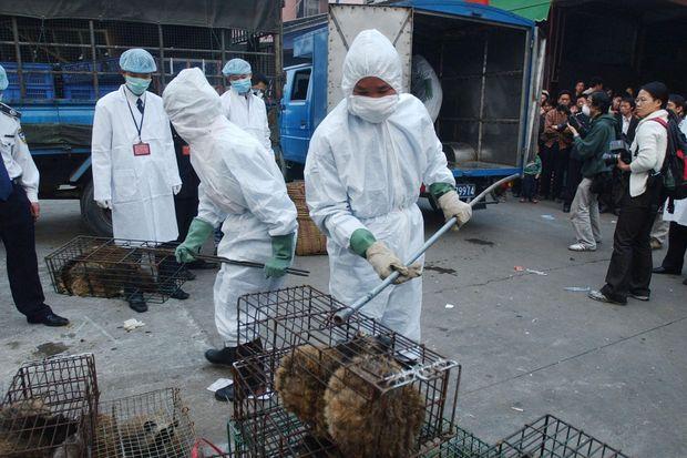 Kina vendos se kur do të lejojë hetimet për pandeminë