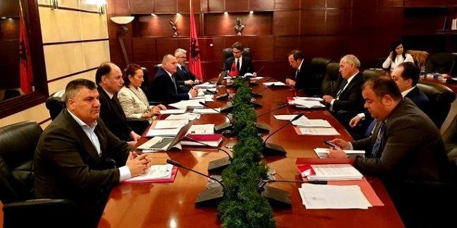 """Nisin intervistat për kreun e """"FBI"""" shqiptare, kush e merr drejtimin?"""