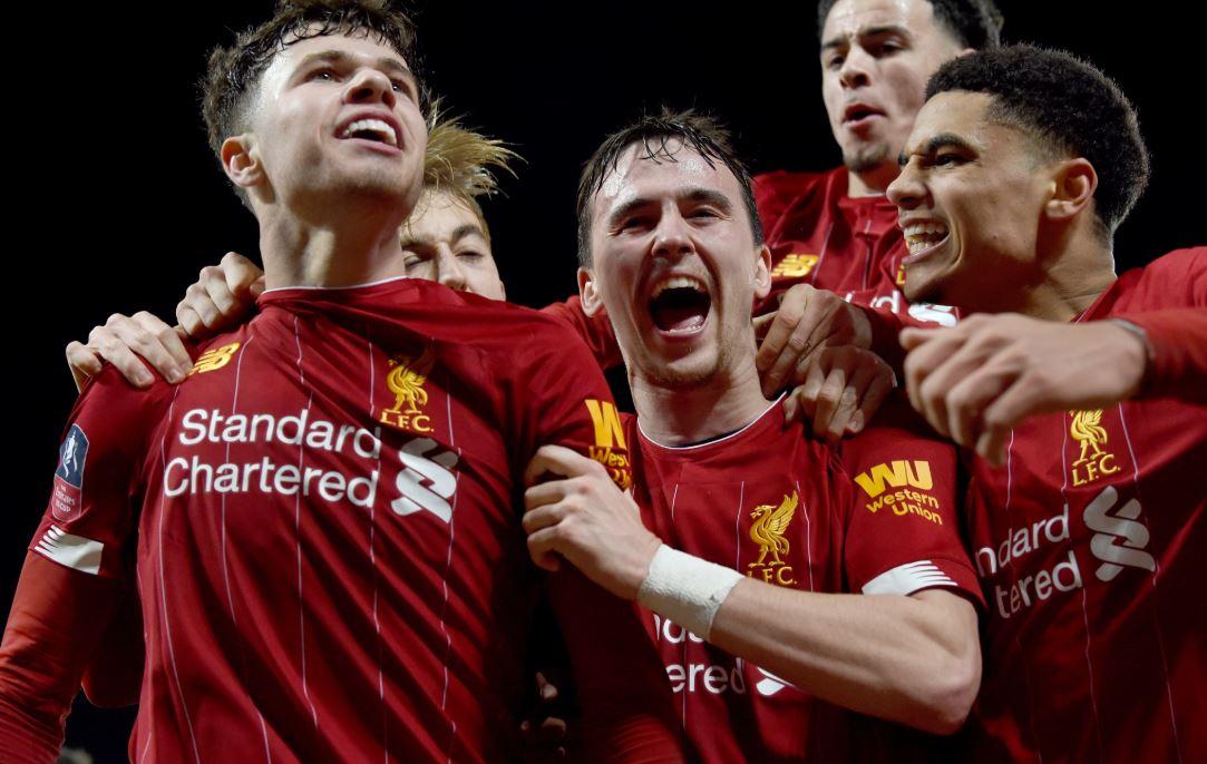 VIDEO   Liverpool vazhdon fitoret edhe me ekipin C, Klopp e ndjek nga TV