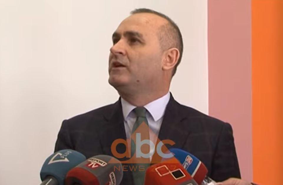 Ulsi Manja i përgjigjet Metës për Kushtetuesen: Po bën rolin e opozitës