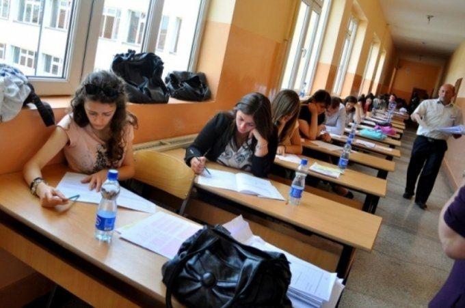 Dalin datat për provimet e vjeshtës për maturantët mbetës