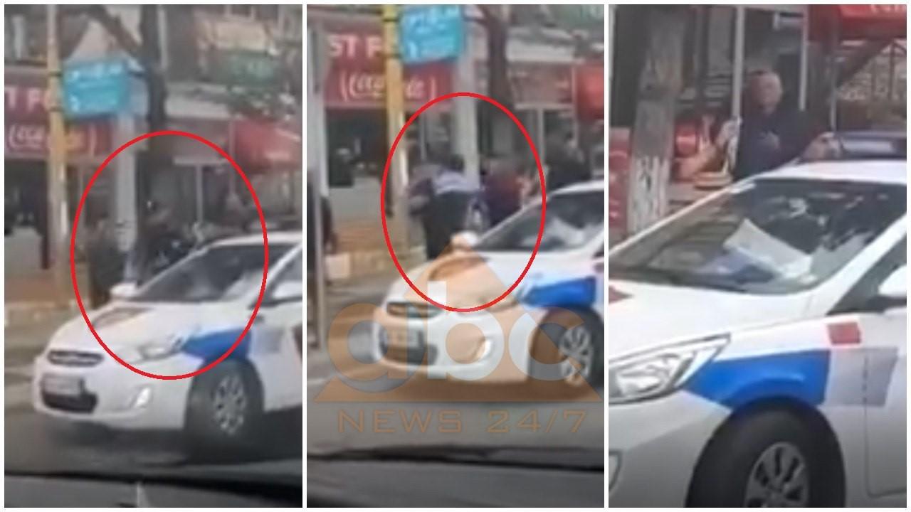 """VIDEO / """"Mik i ngushtë i Taulant Bego Yaris"""", Policët dhunojnë me grushtë të riun në Librazhd"""