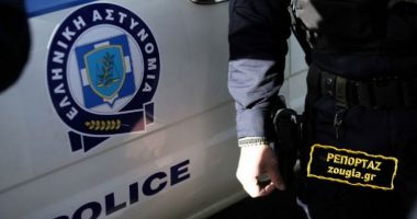Merrnin deri në 40 mijë euro nga kriminelët shqiptarë, arrestohen 6 policë në Greqi