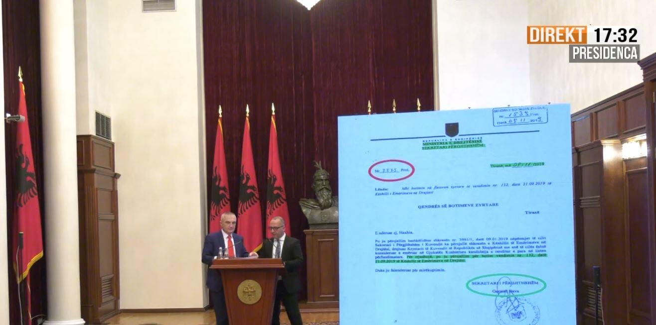 Presidenca publikon fakte të reja kundër Dvoranit, Dervishi: Vendimet e KED nuk janë ligje, botohen vetëm në internet
