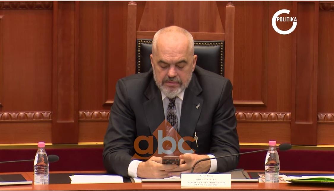 VIDEO/ Kanabisi, reformat, ambasadorja dhe pritshmeritë amerikane-Politika në Abc News