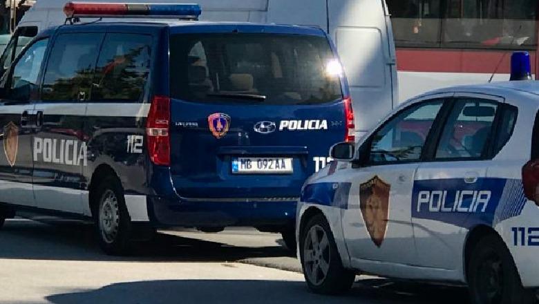 Kontrabandë me mallra dhe falsifikim të dokumenteve, arrestohet drejtuesi i kamionit në Portin e Durrësit