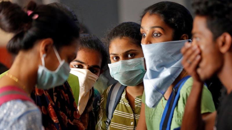 """""""Rrini në shtëpi"""", India masa drastike për shkëlësit e karantinës"""