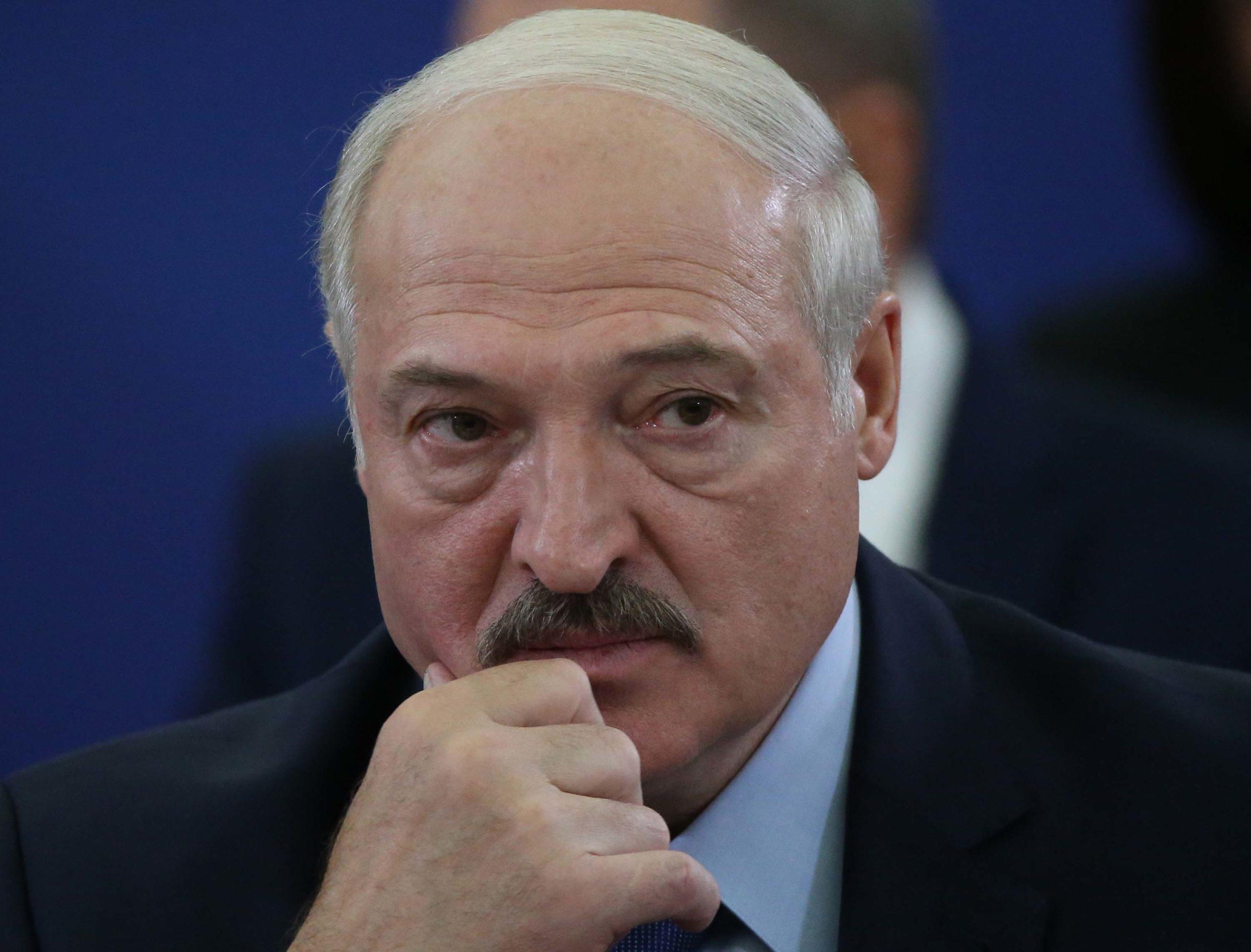 Portreti i Lukashenkos nga mjeku i tij: Ka frikë nga e panjohura dhe është i paaftë të dashurojë