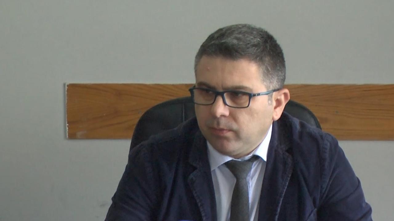 Lirohet nga burgu ish-drejtori i ALUIZNI-t Arben Isaku, u arrestua për pasojat e tërmetit