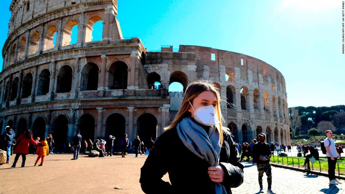 """""""Shtyhet qëndrimi, askush nuk do ndëshkohet"""", ministria jep lajmin e mirë për shqiptarët e bllokuar në Itali e Çeki"""
