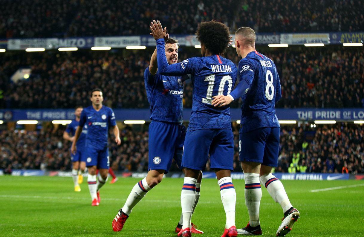 Nuk pranoi rinovimin, Arsenal piketon titullarin e Chelseas