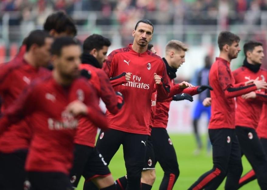 Milani merr vendim pas pezullimit të Serie A, skuadra nis pushimet para kohe