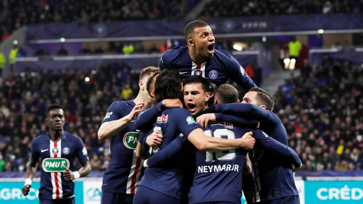 VIDEO / Përmbysje e çmendur në Champions, PSG zgjohet në fund