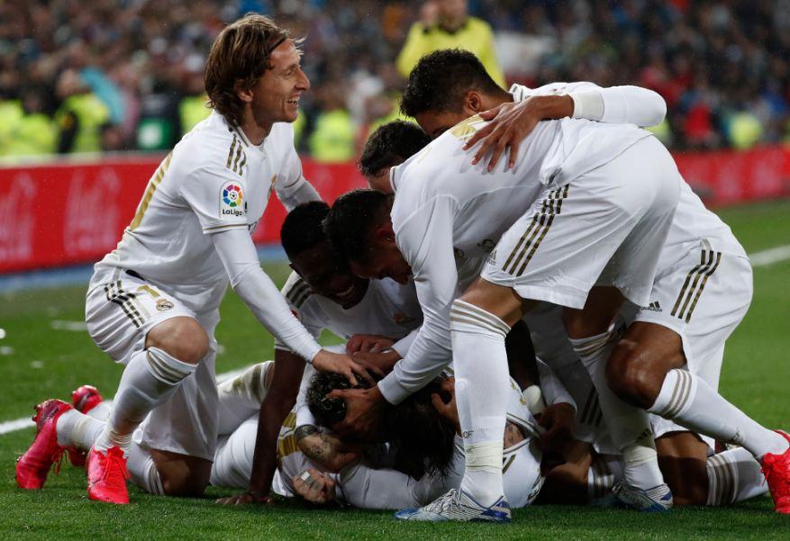 Festa e madhe e Real Madrid, mungesa e lojtarit të njohur krijon polemika