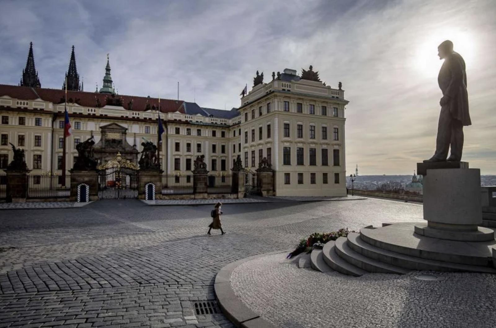 """KORONAVIRUSI/Republika Çeke fillon """"karantinën e zgjuar"""" dhe testimin e """"mençur"""""""